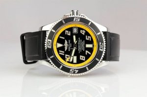 2.-breitling-superocean-abyss